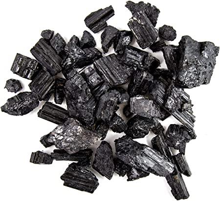 Črni turmalin-surovi